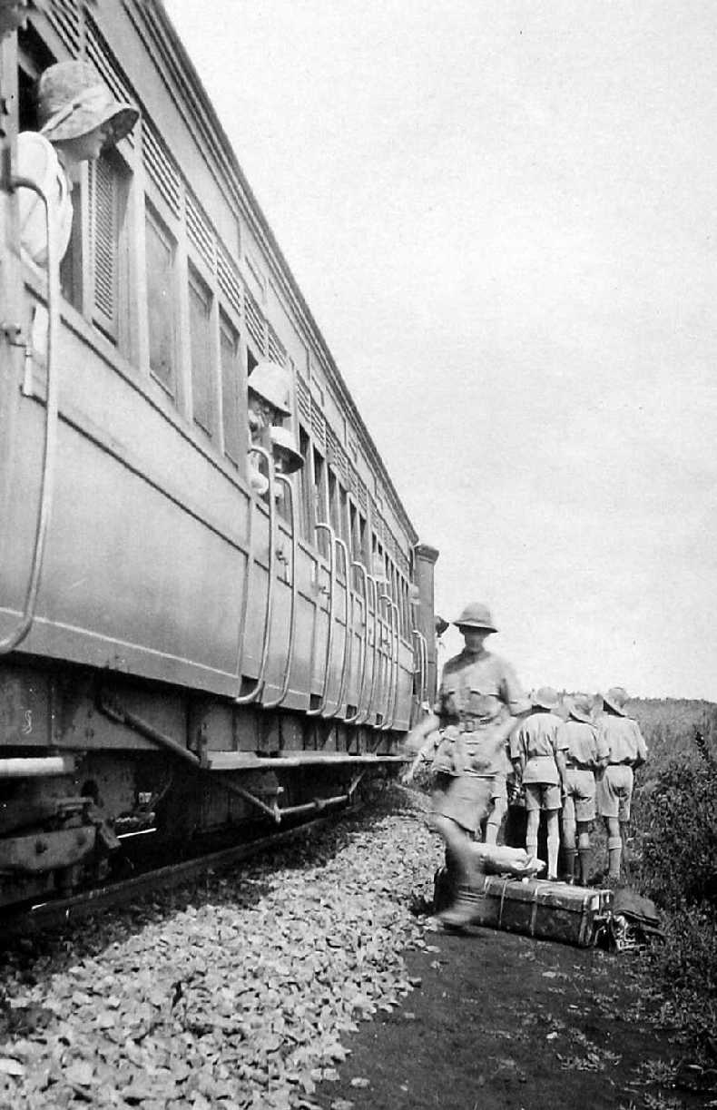 Offloading Boys' baggage from train - Jan 1931